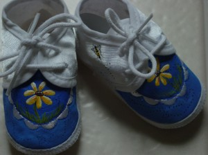 Daisies and Honey Bees Baby Shoes